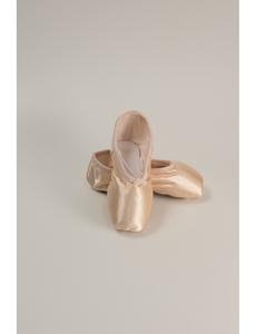 Пуанты балетные (размеры, 18-26) розовые 210