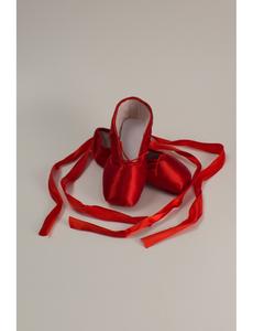Пуанты балетные (размеры, 18-26) красные 210